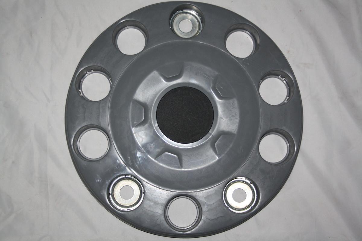 Колпак пластиковый 20 - 22,5 серый (закрытый) с черной заглушкой