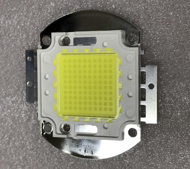 Светодиод матричный СОВ для прожектора 100W 6500К (45Х45 mil) Код.59199