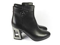 Черные женские ботинки на каблуке, фото 1