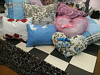 Подушка из холлофайбера размерами 70*70
