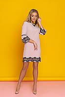 """Нарядное коктейльное прямое платье с кружевом внизу и на рукавах """"Ингрит"""" (капучино)"""