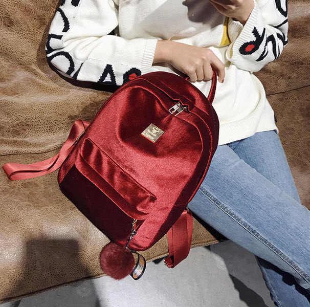 Большой бархатный \ велюровый рюкзак с помпоном для модных девушек
