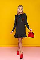 """Женское модное платье прямое с нашивками и оборками внизу, длинный рукав """"А-76"""" (черный)"""
