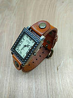 Часы женские наручные винтажные Brooklyn light brown