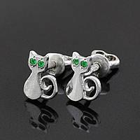 """Серебряные серьги """"Котики"""", размер 9*7 мм, зелёные фианиты, вес серебра 1.31 г"""