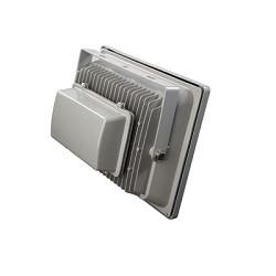 Так выглядят радиаторы на корпусе уличных светодиодных прожекторов 20 Вт для улучшения теплоотвода от светодиодных матриц и кристаллов светодиодов