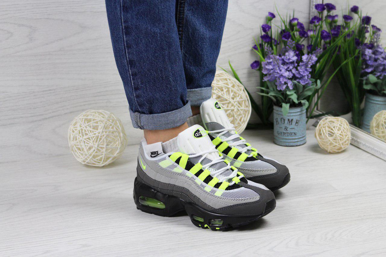 Кроссовки женские Nike 95 (серые с черным), ТОП-реплика