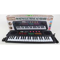 Детский синтезатор с микрофоном 2277: запись, от сети