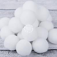 Помпоны  белого цвета  25 мм (Польша)