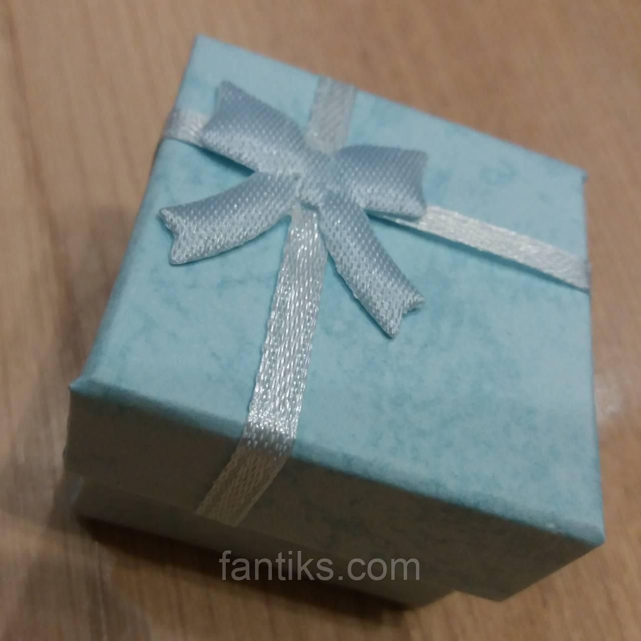 Коробочка подарочная голубая