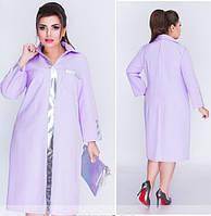 Женское однотонное батальное платье-рубашка с декором из эко-кожи., фото 1