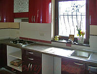 Кухня с крашеными глянцевыми фасадами №11