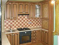 Кухня с патенированными плёночными фасадами №17