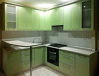 Кухня с пластиковыми фасадами №22
