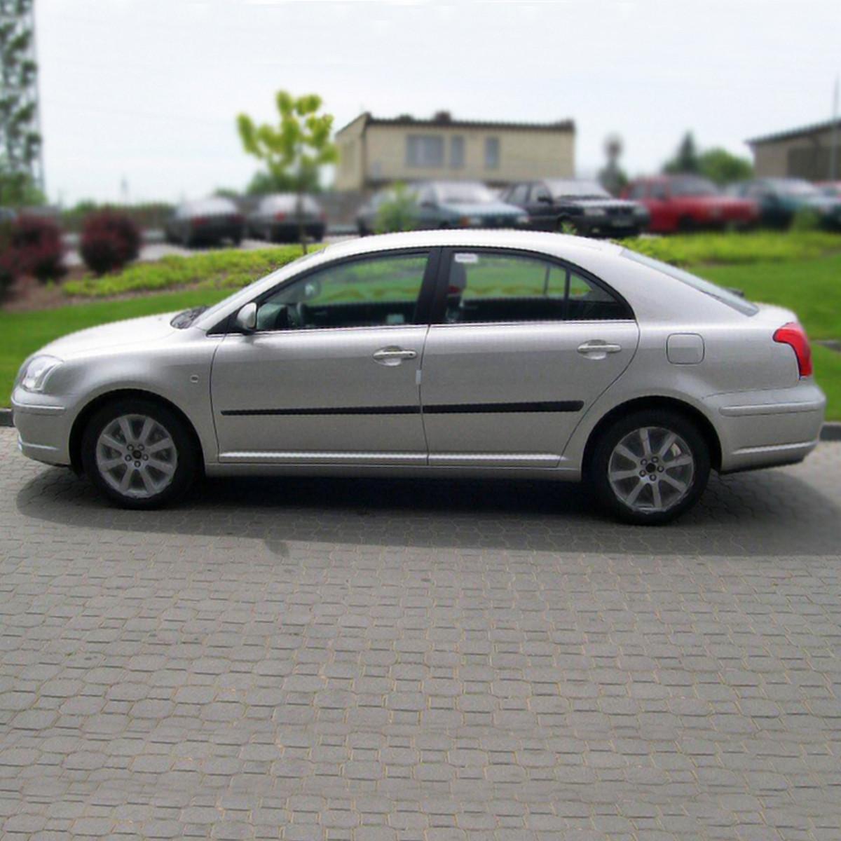 Молдинги на двери Toyota Avensis II T25 2003-2009