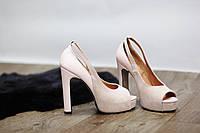 Очень cтильные женские туфли от TroisRois из натуральной кожи и замша