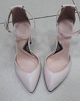 Бежевые Туфли с ремешком на толстом каблуке натуральная кожа