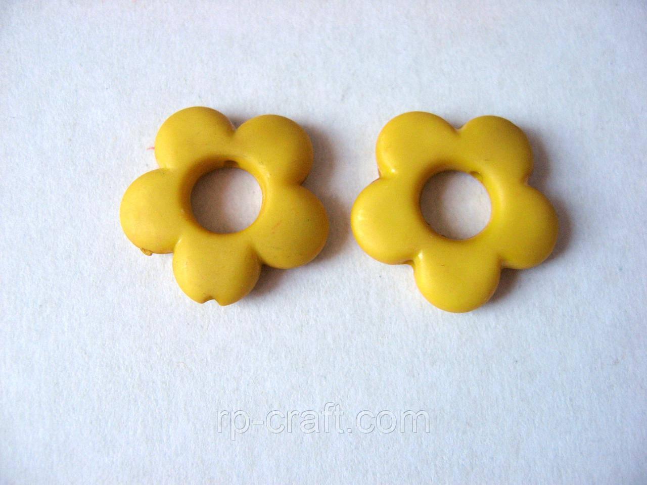 Намистина пластикова, квітка жовтий, 20х20 мм