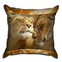 Декоративная подушка Лев и львица 40х40см