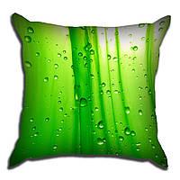 Декоративная подушка Роса на траве 40х40см