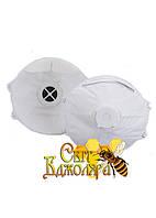 Респиратор, для защиты от вредных паров и газов, с дыхательным клапаном.