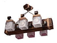 Деревянная люстра подвесная балка на цепях на шесть стеклянных матовых плафона