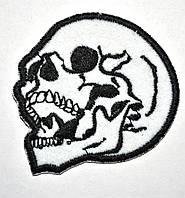 Нашивка патч Череп (черно-белый)