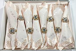 Персиковая скатерть с салфетками  в подарочной упаковке 311209