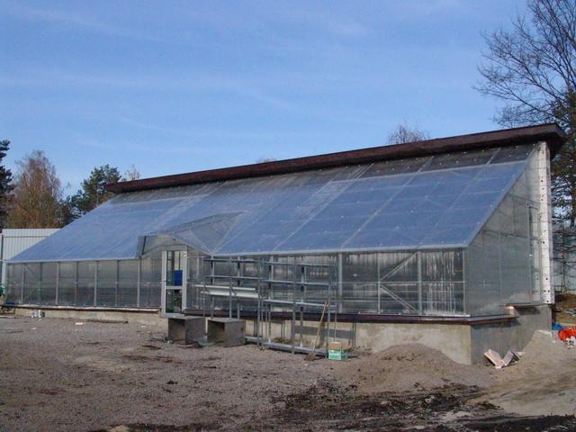 Сонячний вегетарій - в чому вигода таких теплиць