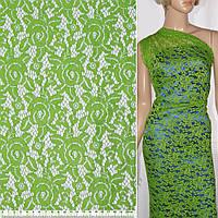 Кружевное полотно стрейч розы светло зеленое