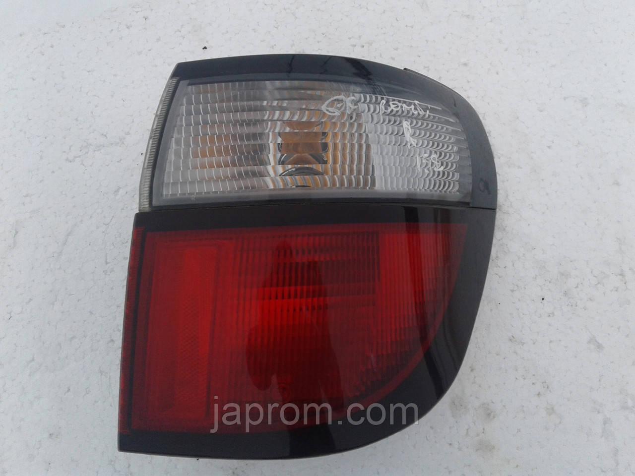 Фонарь стоп задний правый Mazda 626 GW 1997-2000г.в..универсал