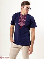 Темно-синяя мужская вышитая футболка с красным орнаментом