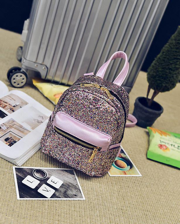 d77532e31799 Супер стильный городской рюкзак в блестках. Супер дизайн. Хорошее качество.  Доступная цена.
