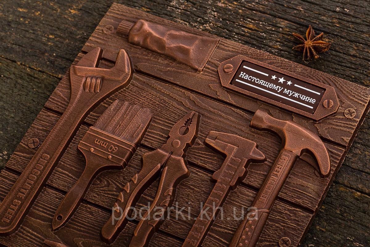Шоколадные инструменты для мужчин в коробке-пенал