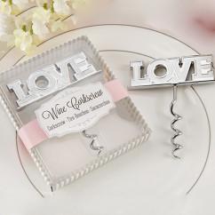 Подарки гостям на свадьбе -штопор Love