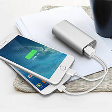 Power bank, 4000 мА/ч, 2 цвета.