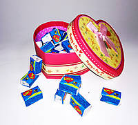Жвачки Love is в подарочной коробке 35 шт.