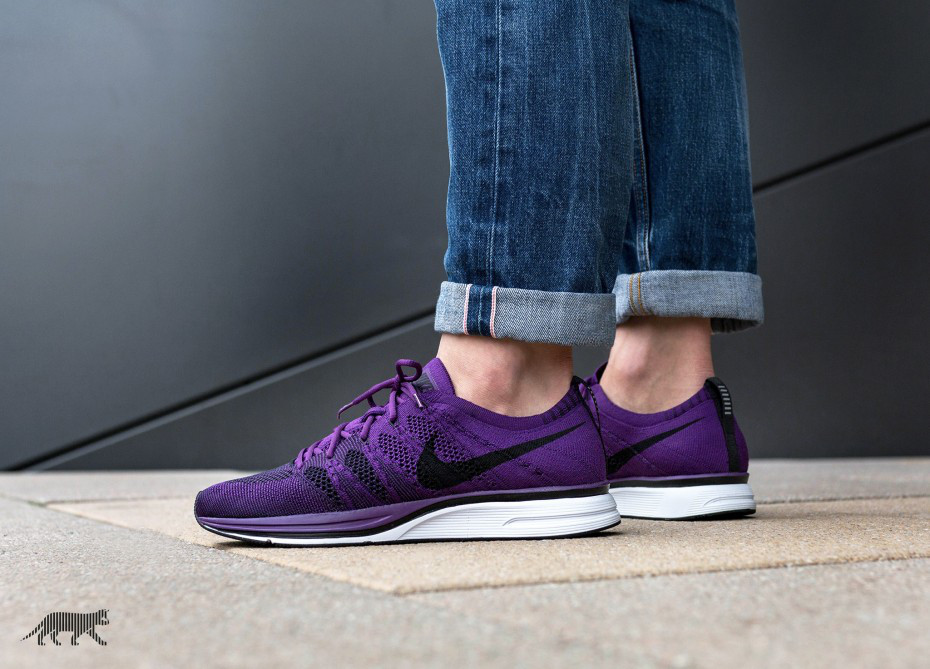 "Кроссовки Nike Flyknit Trainer ""Night Purple / Black — White"""