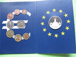 Ирландия , набор евро монет 2002 г , UNC. +серебряный жетон