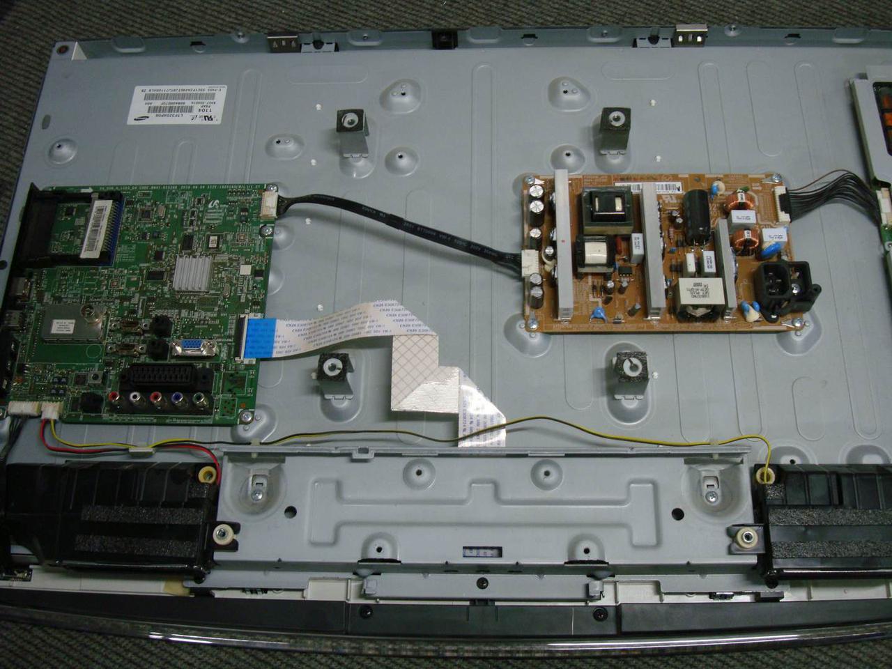 Запчастини до телевізора Samsung LE32C450 (BN44-00338D, SSI320_4UH01 REV 0.3)