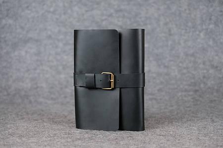 Обложка для ежедневника А5 с пряжкой |105120| Черный