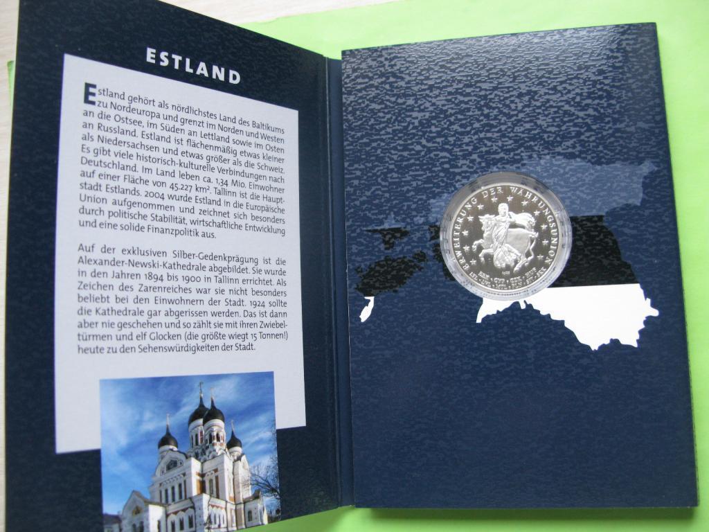 Эстония, набор евро монет 2011 г , UNC + серебряный жетон