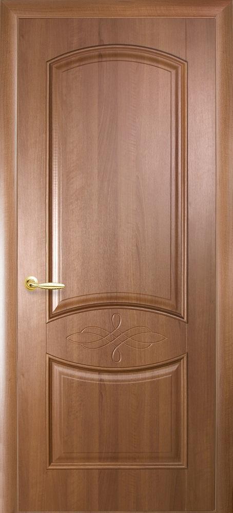 Дверное полотно Донна глухое с гравировкой (Золотая ольха / ПВХ DeLuxe)