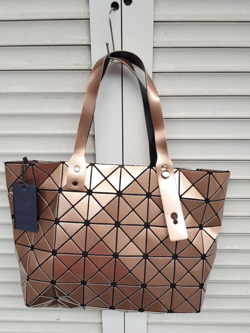Стильная сумка из кожзаменителя разный цвет