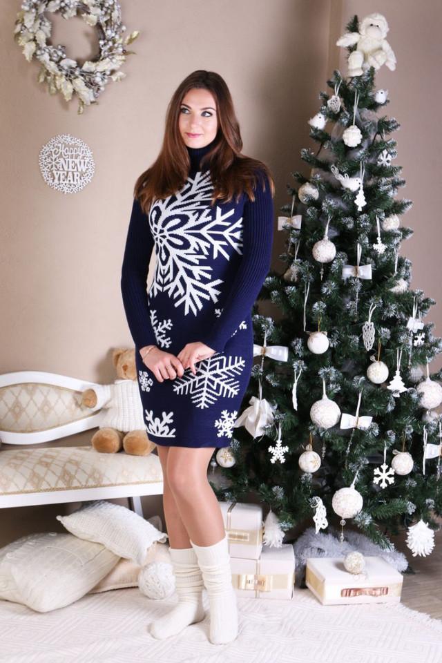 Платье трикотажное зимнее Снежинка синий-белый