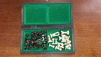 Шахматы  из дерева ручной работы