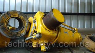 Гидроцилиндр поворота на FERMEC 860 TEREX CASE 595 (5049668026) - разный