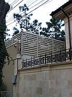 Забор с древесно-полимерного композита
