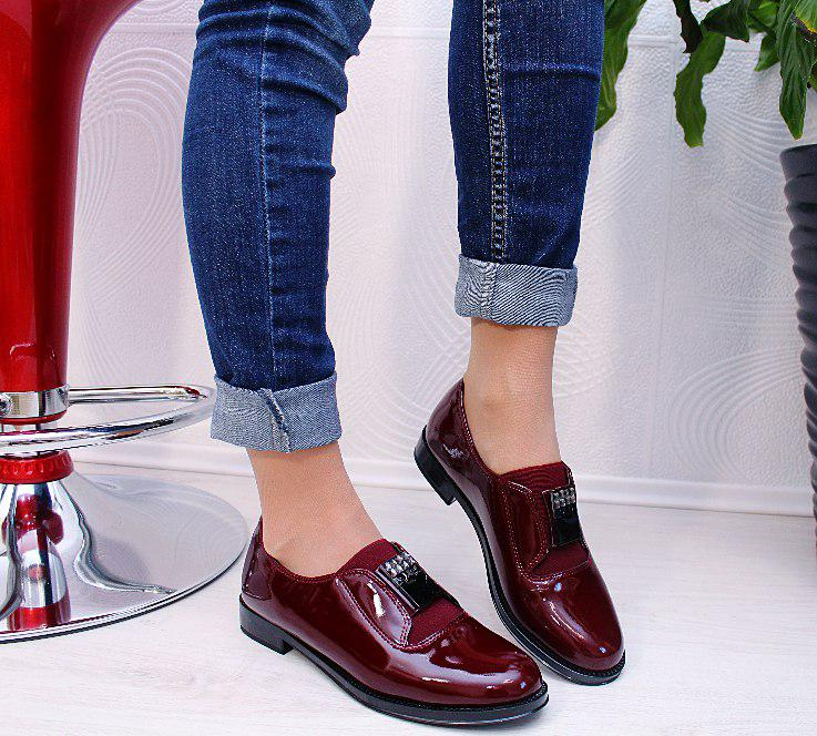 Стильні жіночі туфлі лофери, новинка