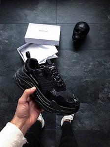 Женские кроссовки  Balenciaga Triple S Sneakers in Black  АТ-702